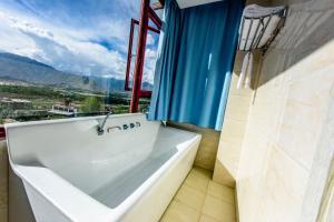 Lhasa 21 Boutique Hotel, Проживание в семье  Лхаса - big - 34