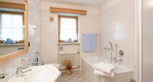 Villa Ortensia, Aparthotels  San Vigilio Di Marebbe - big - 12