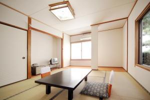 Shodoshima Seaside Hotel Matsukaze, Ryokany  Tonosho - big - 8