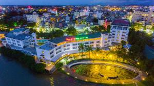 Huong Giang Hotel Resort & Spa, Resort  Hue - big - 71
