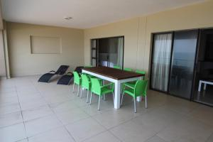 Saints View 425, Appartamenti  Uvongo Beach - big - 6