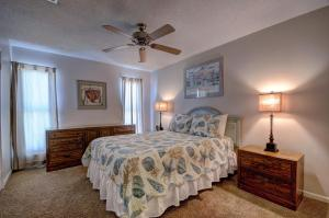 Gulf Sands East Unit 1 - Miramar Beach Townhouse, Case vacanze  Destin - big - 8