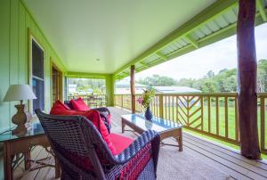 Kealohapau'ole, Holiday homes  Mountain View - big - 7