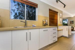 1/34 Kendall Street, Byron Bay - Chateau Relaxo, Apartmanok  Byron Bay - big - 4