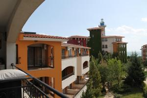 Private Apartment in Marina Cape, Appartamenti  Aheloy - big - 5