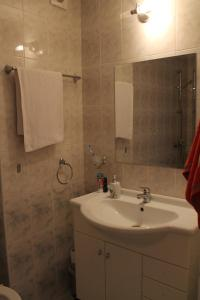 Private Apartment in Marina Cape, Appartamenti  Aheloy - big - 6