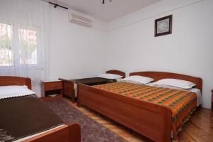 Quadruple Room Metajna 6378g