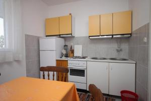 Apartment Sveti Petar 3251a, Appartamenti  Sveti Filip i Jakov - big - 4