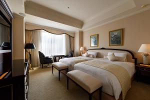 Premium Twin Room with free lounge access- Non-Smoking
