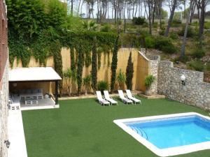 Holiday home Carrer de L'Estrella, Dovolenkové domy  Olivella - big - 35
