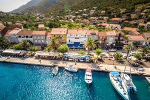 3 star pension Guesthouse Aurora Trpanj Croatia