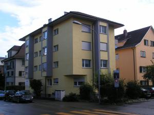 Swiss Star District 9