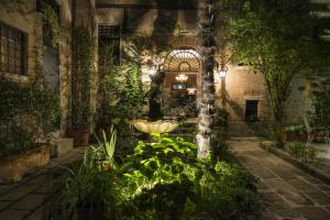 La Residenza 818 - AbcAlberghi.com