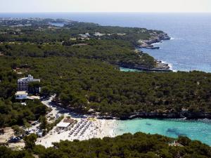 Playa Mondragó