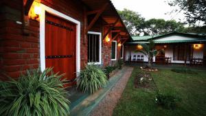 Indi Rose Garden, Resort  Habarana - big - 1