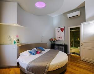 Trevi Fashion Suites, Apartments  Rome - big - 1