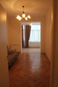 apartment, Apartmány  Tbilisi City - big - 7