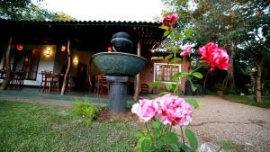 Indi Rose Garden, Resort  Habarana - big - 21