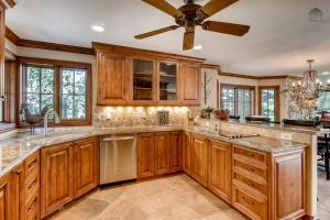 Timberline Lookout Home, Dovolenkové domy  Beaver Creek - big - 9
