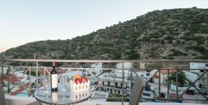 Athena Apartments, Apartments  Agia Galini - big - 18