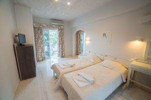 Athena Apartments, Apartments  Agia Galini - big - 27