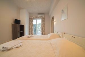 Athena Apartments, Apartments  Agia Galini - big - 24