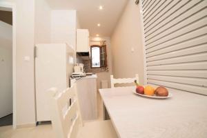 Athena Apartments, Apartments  Agia Galini - big - 19