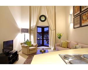 One-Bedroom Apartment - Citi Loft