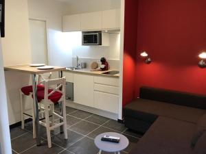 The Lodge - Chambéry Centre et Gare, Апартаменты  Шамбери - big - 45