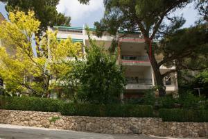 Apartments Staničić, Apartments  Brela - big - 11