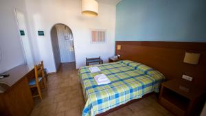 Hotel Navarone, Szállodák  Petrohóri - big - 10
