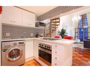 Large One-Bedroom Apartment - Lady Keppel