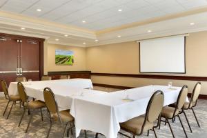 Hilton Garden Inn Niagara-on-the-Lake, Hotely  Niagara on the Lake - big - 33