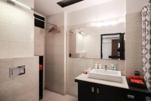 Hostie Aikya - Harmony Living in South Delhi, Апартаменты  Нью-Дели - big - 20