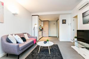 COMPLETE HOST St Kilda Rd Apartments, Апартаменты  Мельбурн - big - 3