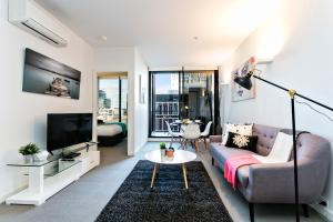 COMPLETE HOST St Kilda Rd Apartments, Апартаменты  Мельбурн - big - 4