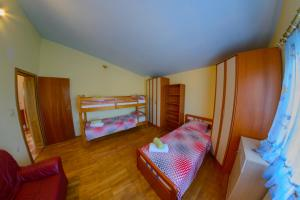 Cozy Comfortable House For Holiday, Nyaralók  Donji Proložac - big - 26
