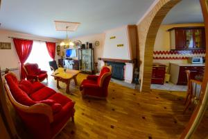 Cozy Comfortable House For Holiday, Nyaralók  Donji Proložac - big - 33