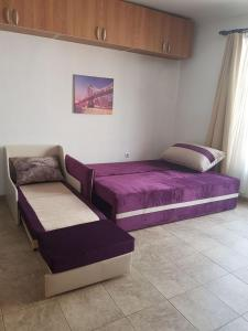 Studio Enjoy, Apartmány  Varna - big - 3