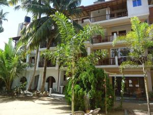 Sky Garden Mini Hotel, Мирисса