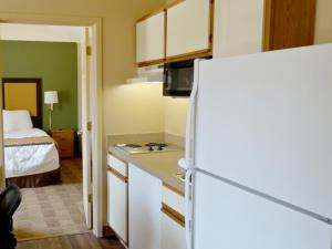 One Bedroom Suite with 2 Queen Beds - Non-Smoking