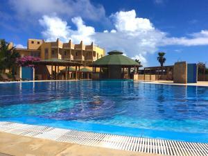 Tropical Resort, Apartments  Santa Maria - big - 1