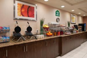 Wingate by Wyndham Regina, Hotels  Regina - big - 18