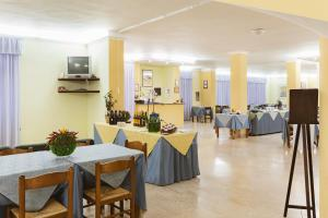 Hotel Bellavista, Hotels  Maierà - big - 51