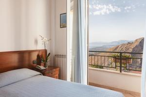 Hotel Bellavista, Hotely  Maierà - big - 11