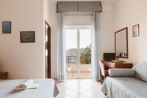 Hotel Bellavista, Hotely  Maierà - big - 23