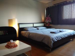 Renovate Room Near Impact, Апартаменты  Ban Bang Phang - big - 1