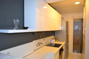 Modern and central apartment, Apartmány  Skopje - big - 2