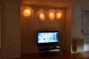 Modern and central apartment, Apartmány  Skopje - big - 12