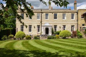 Menzies Hotels London Chigwell - Prince Regent